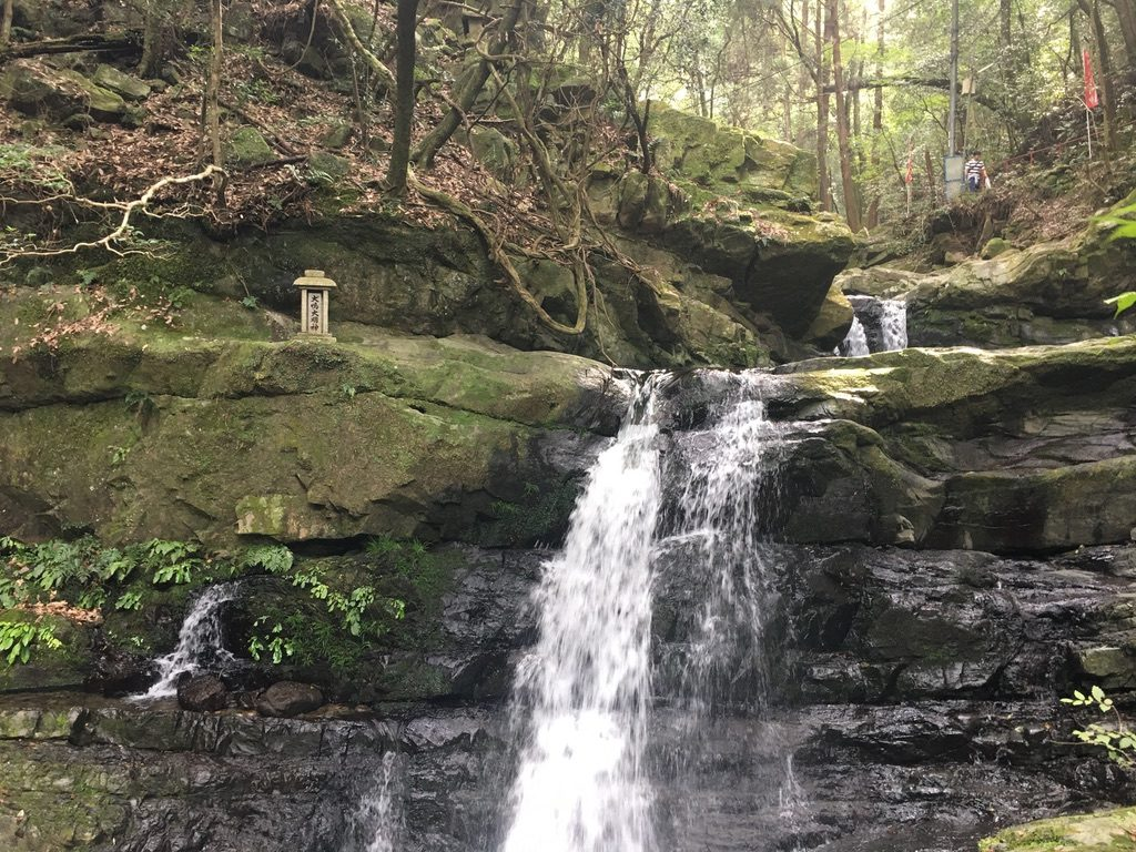 犬鳴山「両界の滝」