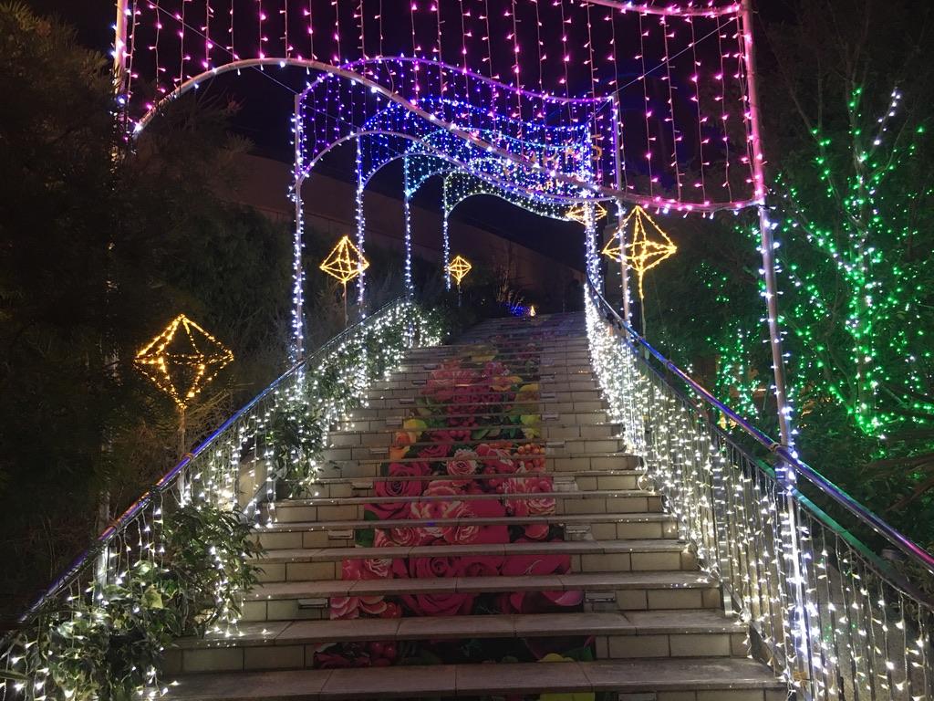 なんば光旅 なんばパークス 階段