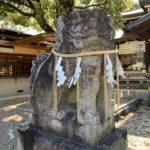辛国神社 本殿 拝殿 狛犬