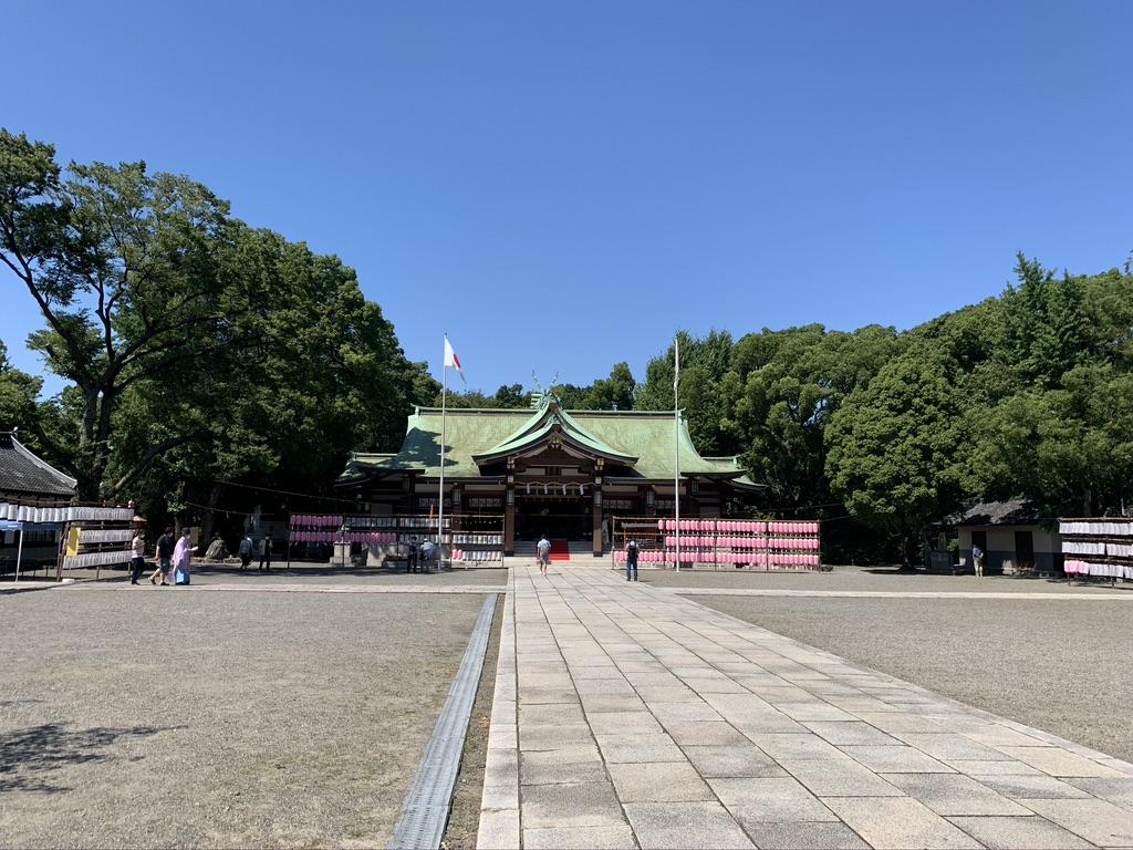大阪護国神社 境内