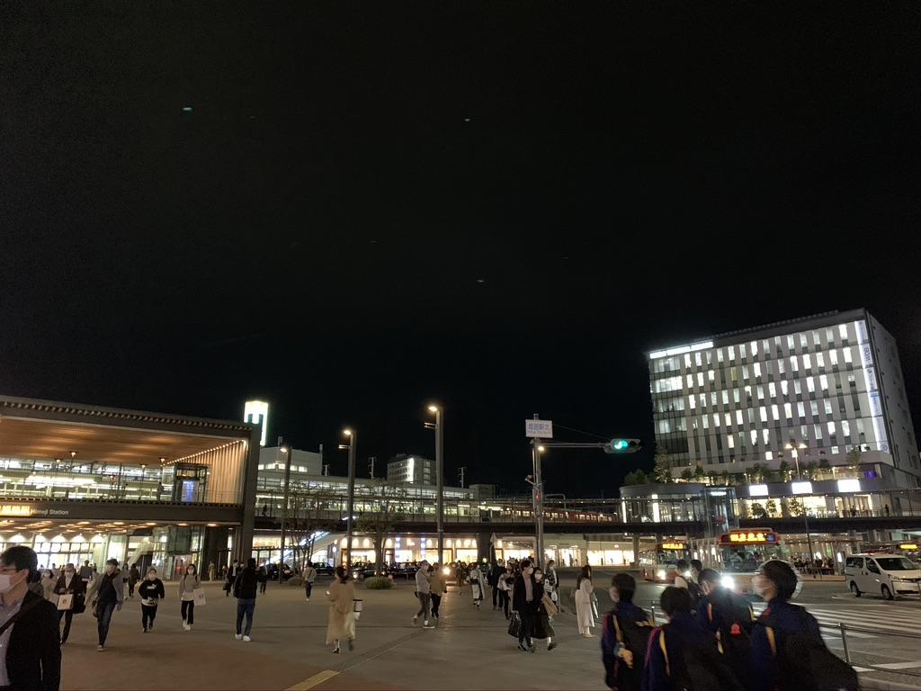 夜の姫路駅