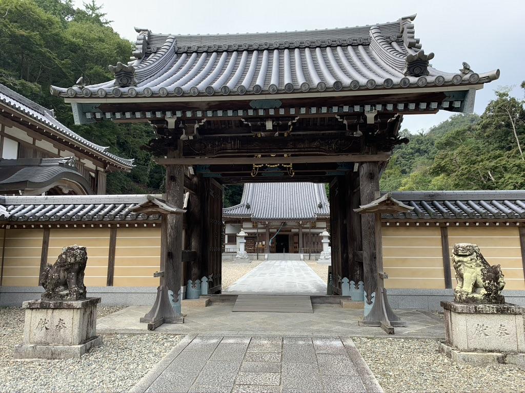 瀧安寺 山門
