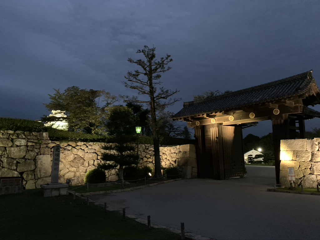 姫路城 追手門 夜