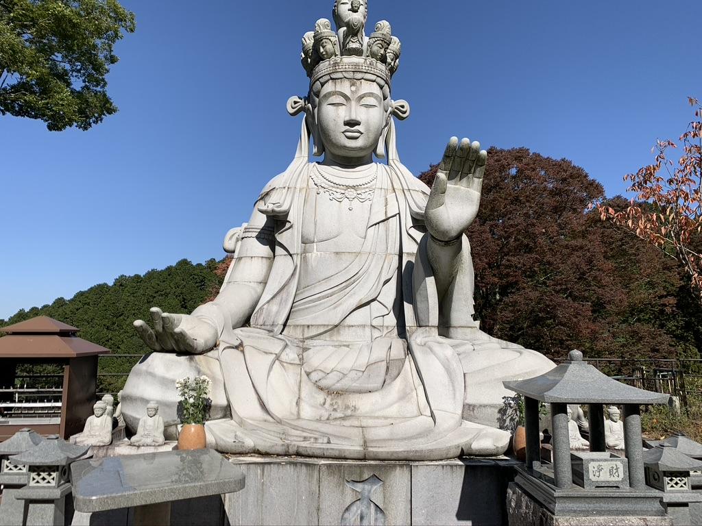 壺阪寺 天竺渡来十一面観音石像 夫婦観音