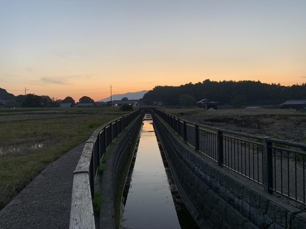 飛鳥村 水路