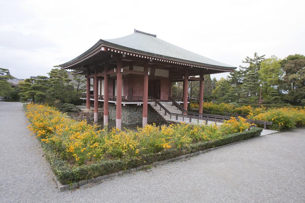 中宮寺 本堂 奈良県観光公式サイト