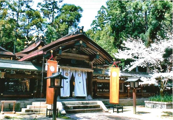 大和神社 拝殿 奈良県観光公式サイト