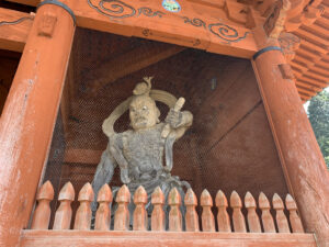 高野山 大門  金剛力士像(仁王さま)